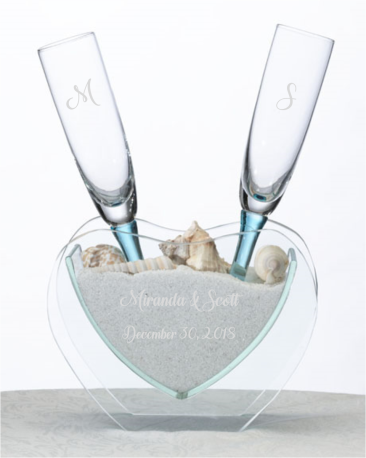 beach_wedding_glass_flutes_heart_vase_sand_set